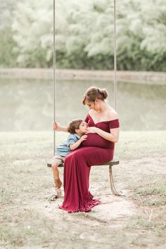 Family Maternity Photos, Maternity Pictures, Pregnancy Photos, Baby Pictures, Maternity Photography Poses, Maternity Poses, Pregnancy Photography, Big Brother Photography, Brother Photos