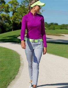 The Jofit Cropped Golf Pants is designed with a classic fit tailored in a sleek silhouette, perfect on and off the course! #golf #ootd #lorisgolfshoppe