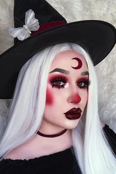 50 attractive and fabulous Halloween make-up ideas for your .- 50 attraktive und fabelhafte Halloween-Make-up-Ideen für Ihre Halloween-Inspiration 50 Attractive and Fabulous Halloween Makeup Ideas for Your Halloween Inspiration – - Cute Halloween Makeup, Halloween Makeup Looks, Halloween Halloween, Cute Clown Makeup, Scarecrow Makeup, Black Hair Halloween Costumes, Vintage Halloween, Sugar Skull Halloween Makeup, Evil Clown Makeup
