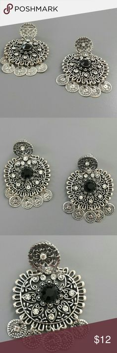 Black and Silver Rhinestone Chandelier Earrings Beautiful Earrings!! Black and White with Rhinestones.. Chandelier Style with a Bohemian Touch Jewelry Earrings