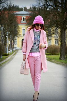 New Yorker Grey Printed Sweater on Pink clothes