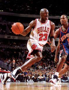 Michael Jordan - Chicago Bulls, 1984–1993, 1995–1998