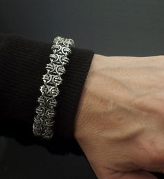 Square Aluminum Chainmaille Bracelet Kit - Advanced Byzantine Gridlock