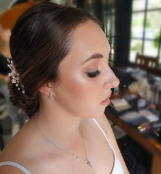 Bridal hair and makeup for gorgeous 💕 Bridal Hair And Makeup, Wedding Makeup, Hair Makeup, Huda Beauty, Beauty Makeup, Makeup Shop, Wedding Shoot, Makeup Addict, Stylists