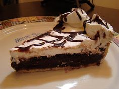 Golden Corral Chocolate Chess Pie, I've seriously been looking for this forever now. *_*