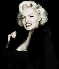 Marilyn Monroe- Celebrity Look A Like