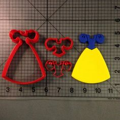 Snow White Dress Cookie Cutter and Stamp
