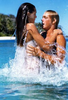 THE BLUE LAGOON, Brooke Shields, Christopher Atkins