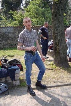 Mode Skinhead, Skinhead Men, Skinhead Boots, Skinhead Fashion, Boy Fashion, Skinhead Style, Mens Fashion, Estilo Punk Rock, Bad Boy Style