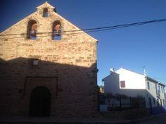 Tesoros del Campo de Montiel. Conjunto Iglesia y casa parroquial Ossa de Montiel. (Salvador Dueñas)