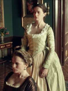 Catherine & her mother, who has been accused of spying Ekaterina Catherine The Great, Period Movies, Outlander, 18th Century, Retro Vintage, Gowns, Costumes, Pretty, People