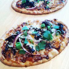 korean bbq naan pizza
