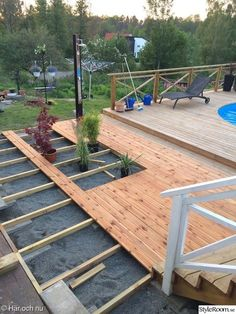 Bild nr 3 - Min stenrabatt av Assistent - Another! Outdoor Learning Spaces, Outdoor Rooms, Outdoor Gardens, Outdoor Living, Raised Pools, Cat House Plans, House Fence Design, Concrete Backyard, Wooden Terrace