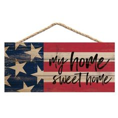 August Grove Constructed from individual wood strips, this sign is then laced with jute string for hanging. It features a rustic design that combines raw materials and artwork to create a truly authentic piece. 4th July Crafts, Fourth Of July Crafts For Kids, Fourth Of July Decor, 4th Of July Decorations, July 4th, Fourth Of July Chalkboard, Americana Decorations, Rustic Americana Decor, Birthday Decorations