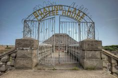 and decided to go up to Yarmouth,go the shops and explore this too.its sat on the main road in Great Yar Derelict Places, Great Yarmouth, Boating, More Photos, Abandoned, Scary, Maine, Explore, Abandoned Places