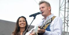FREE Joey + Rory Hymns That Are Important To Us CD on http://www.icravefreestuff.com/