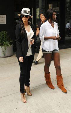 Kim Kardashian I like the girl on the side outfit