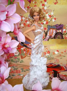 MISS BEAUTY DOLL 2011 SWEDEN – SUECIA - TRAJE DE GALA