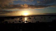 Every sunset is an opportunity to reset.... Cada por do sol é uma oportunidade para recomeçar ....