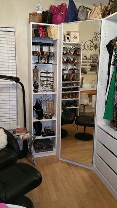 Der begehbare Kleiderschrank von Mona BILLY Regale und PAX Kleiderschrank ermglichen einen