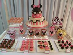 Sweet Party Box: Minnie Mouse en el Bautismo y Primer Año de Zoe