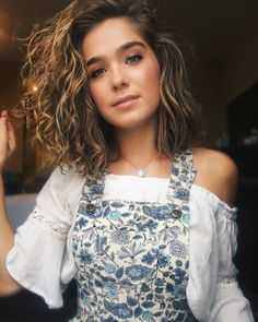 The hottest images and pictures of Haley Lu Richardson are truly epic. While we are talking about Haley Lu Richardson beauty, skills, and professional Bob Hairstyles, Straight Hairstyles, Platinum Blonde Bobs, Easy Style, Haley Lu Richardson, Blonde Bob Haircut, Chin Length Bob, Bobs For Thin Hair, Glamorous Hair