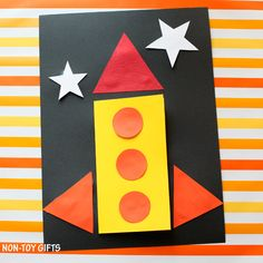 DIY Father's Day card for kids to make. I love you to the moon and back, dad! A fun and easy rocket card that dad will love. Diy Father's Day Gifts Easy, Father's Day Diy, Diy Father's Day Cards, Rocket Craft, Transportation Crafts, Non Toy Gifts, Shape Crafts, Fathers Day Crafts, Mothers Day Cards