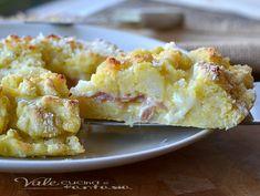 Sbriciolata di patate con mortadella e provola ricetta salata buonissima,sfiziosa e facilissima, ottima calda e fredda come piatto unico o come aperitivo