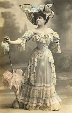Victorian Dresses..look how small her waist is...even with corset...this is so…