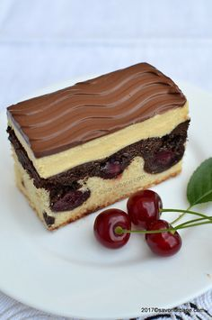 valurile dunarii reteta originala Romanian Desserts, Romanian Food, Kitchen Recipes, Cooking Recipes, Party Platters, Special Recipes, Sweets Recipes, Something Sweet, Cupcake Cakes