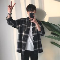 Privathinker Spring Oversized Long Sleeve Shirt Men Women Casual Plaid Flannel Burrliligla The clothing culture is very old. Oversized Long Sleeve Shirt, Long Sleeve Shirts, Mode Man, Korean Fashion Men, Mens Fashion, Mens Grunge Fashion, Style Fashion, Fashion Outfits, Stripped Shirt