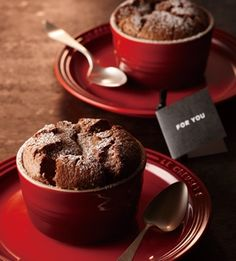 Easy chocolate souffle with 15 minutes of baking time with three ingredients if you lose your homemade dessert?