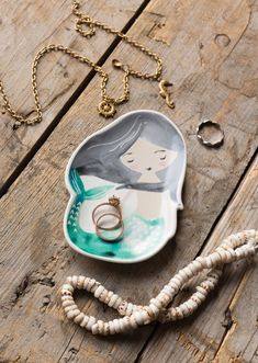 The Danica Studio Mermaid Trinket Tray is a convenient catchall for keys, loose change and small accessories like rings, necklaces and earrings. Pencil Boxes, Tray Decor, Turquoise Necklace, Jewelry Box, Mermaid, Ceramics, Keys, Organize, Studio