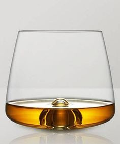 Refinery29 shows you what drinks go with each glass. #refinery29 http://www.refinery29.com/drinks-glasses-guide