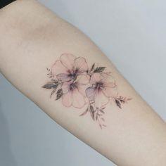 "baf5ed600 타투이스트 꽃 on Instagram: ""Rose of sharon flowers #tattoo#tattooed#tattooart#flower#flowertattoo#rosetattoo#roseofsharon#roaeofsharontattoo#타투#꽃#꽃  ..."