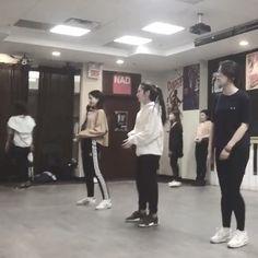 Practice 💨 . . . #beginnerdancer #lovelife #montreal #shining #beyoncé  by joycewgy