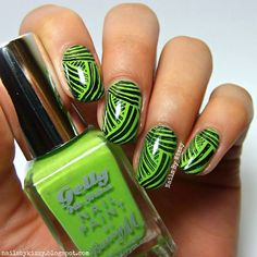 Nails By Kizzy: Green basket weave stamping