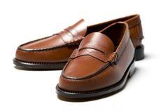Guia: Penny-Loafers  #moda #modamasculina #modaparahomens #pennyloafers #loafers #sapatos #calçados #ondecomprar #menswear #guido #mocassines #weejuns #madeinargentina