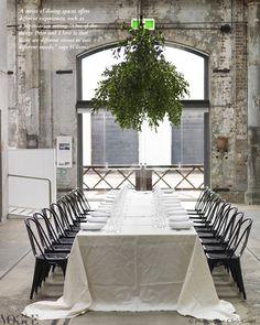 Minimalist table decor w/ hanging greenery