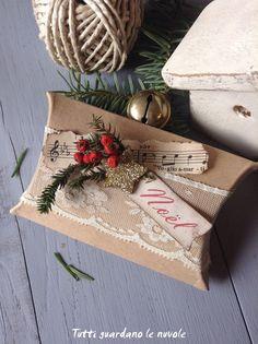 Tutti guardano le nuvole - Pacchetti Christmas Handmade