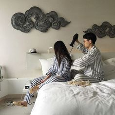 love, couple and korean image on We Heart It Korean Image, Boyfriend Video, Couple Goals Cuddling, Korean Couple, Good Day Song, Ulzzang Couple, Fashion Couple, Couple Outfits, Cute Couples Goals