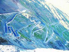 Las carreteras más peligrosas del Mundo (3) Paso de Stelvio
