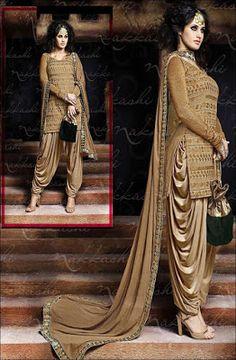 Latest Salwar Kameez Designs Catalouge And Images Patiala Dress, Patiala Salwar Suits, Punjabi Dress, Indian Salwar Kameez, Pakistani Dresses, Indian Dresses, Indian Outfits, Patiala Pants, Latest Salwar Kameez Designs