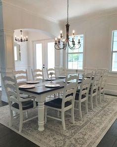 Farmhouse dining room decor pottery barn chairs 52 Ideas for 2019 Farmhouse Table With Bench, Farmhouse Style Kitchen, Farmhouse Interior, Table Bench, Dining Room Design, Dining Room Furniture, Dining Room Table, Home And Deco, Room Decor