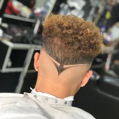 Trending Hairstyles For Men, Mens Hairstyles With Beard, Hair And Beard Styles, Haircuts For Men, Short Shaved Hairstyles, Hairstyles Haircuts, Unique Hair Cuts, Hair Cut Guide, Hair Designs For Boys
