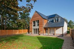 i like the materials, modern looking but compremising with the building. Bungalow Exterior, Modern Exterior, Exterior Design, House Cladding, Facade House, Wood Cladding, 1960s House, Self Build Houses, Modern Bungalow