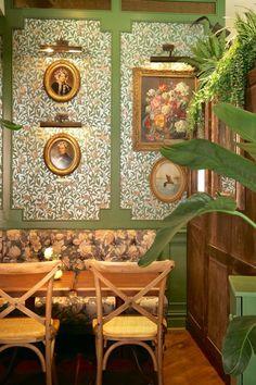 Best restaurants in London for the plant obsessed Best Restaurants London, French Restaurants, Green Garden, Garden Plants, White Washed Floors, Garden Venue, Hanging Succulents, Brunch Spots, Scandi Style