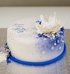 Blue birthday cake - Client told me to do whatever I wanted as long as there was blue on the cake! :D I like those clients!