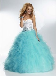 Lovely Sweetheart Organza Ruffe Beading Ball Gown Prom Dress