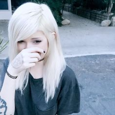 adorable, alt girl, alternative, dyed hair, kawaii, leda, leda muir, ledamonsterbunny, pastel goth, pastel hair, tumblr, white hair, youtube, ledabunny